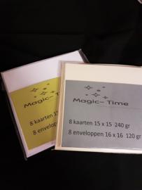 8 kaart 15x 15 cm / 8 envelop 16 x 16 cm