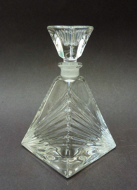 Royal Crystal Rock Italy kristallen pyramidevormige parfumfles