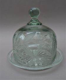 Antieke glazen boterstolp met florale ets decoratie