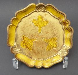 Venetiaanse houten flesonderzetter in geel met goud