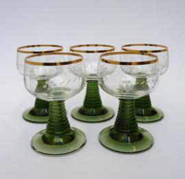 5 kristallen roemers met wijnrank decoratie en gouden rand