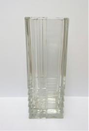 Kristallen vierkante vaas met geometrisch patroon