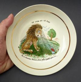 Luneville faience kinderbordje Jean de la Fontaine Le Lion et le rat
