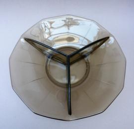 Mid Century drievaksschaal in rookglas