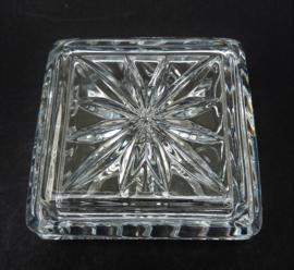 Kristallen dekseldoosje vide poche