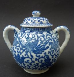 Japanse Arita blauw wit porseleinen Phoenix suikerpot met deksel