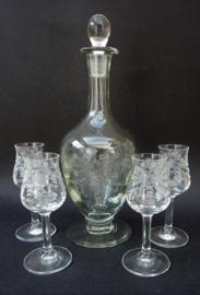 Vintage gegraveerde kristallen grappa karaf met glazen