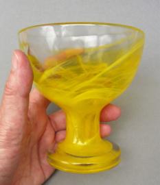 Kosta Boda coupe glas Mine geel