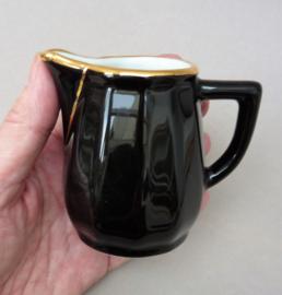 Apilco France bistroware melkkannetje zwart met goud
