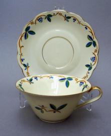 Tettau Bayreuth handgedecoreerde vintage kop en schotel