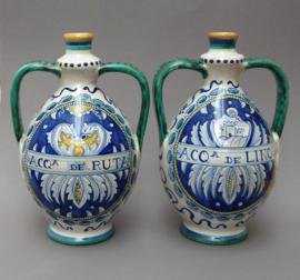 Een paar grote Deruta apotheker amphoras Francesca Niccacci