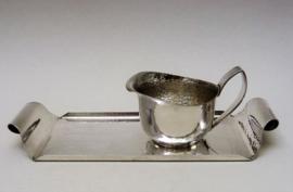 Gero Art Deco verzilverd gehamerd koffie dienblaadje met melkkannetje