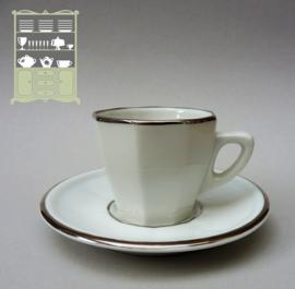 Apilco bistroware demitasse espresso kop en schotel wit met zilver
