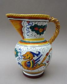 Deruta Labor Raffaellesco pitcher