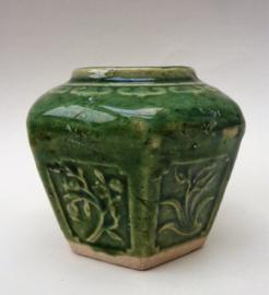 Chinese jade groen geglazuurde Shiwan gemberpot