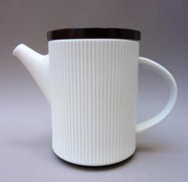 Thomas Flammfest Richard Latham Mid Century  geribbelde koffiepot wit bruin