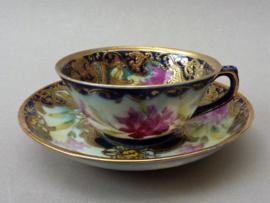 Japanse Meiji porseleinen demitasse kop en schotel