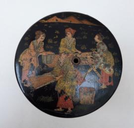 Antiek Indonesisch lakwerk garendoosje