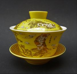 Vintage Chinese geel porseleinen gaiwan met tijger