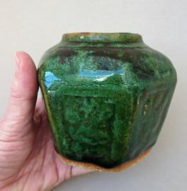 Chinese turquoise groen geglazuurde Shiwan gemberpot 10 cm