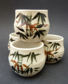 Japanse theekom met bamboe decoratie - set van vier