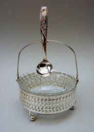 Glazen jamschaaltje in verzilverde houder