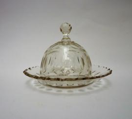 19e eeuwse kristallen boterstolp met olijf slijpsel