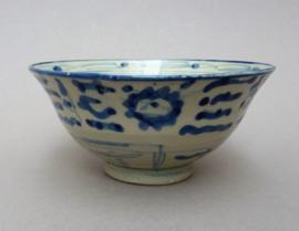 Antieke Chinese blauw wit porseleinen Min Yao kom