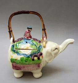 Japanse Banko Ware aardewerken olifant theepot