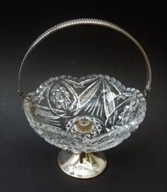 Glazen bonbonschaaltje met verzilverd parelrand hengsel