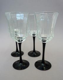 Arcoroc Luminarc France Octime wijnglas op zwarte voet
