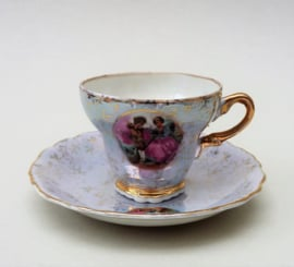 Versailles lustreware Courting Couple demitasse espresso kopje