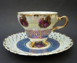 Versailles Porcelaine Fragonard kop op pootjes