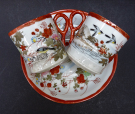 Antieke Japanse Taisho Kutani ware porseleinen demitasse kop en schotel - set van twee