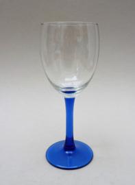 Luminarc France Oceane Blue Saphire wijnglas op blauwe voet