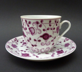 August Warnecke China Purpur koffiekop met schotel