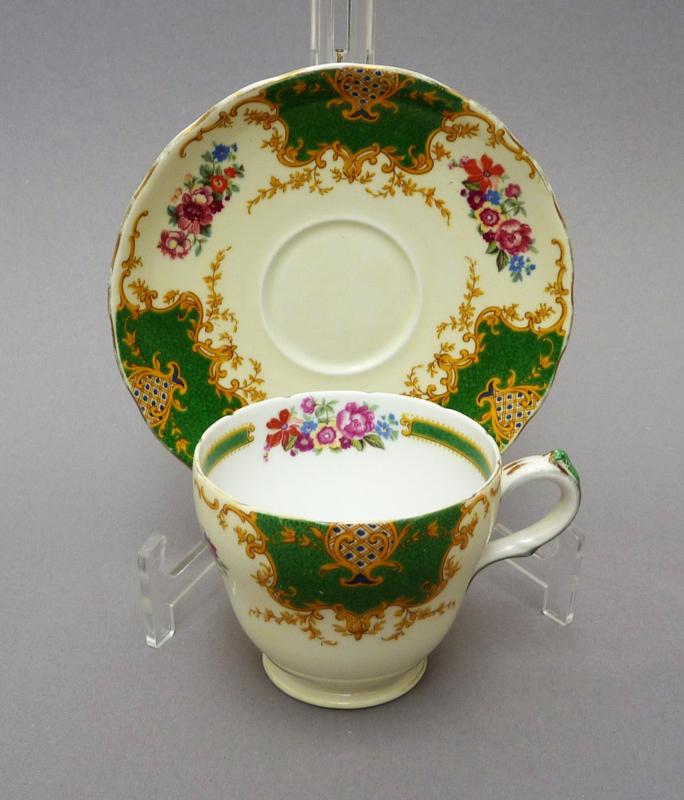 English bone china cups with saucers | la-vitrine-de-caroline