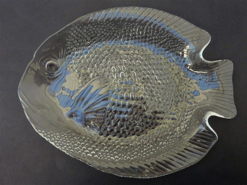 Vintage Arcoroc France Fish dinnerware| La Vitrine de Caroline