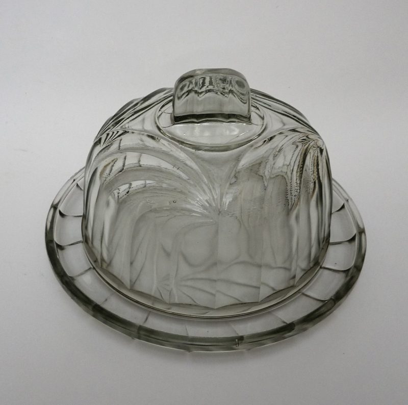 Arcoroc France Art Deco cheese dome | Glass cheese and