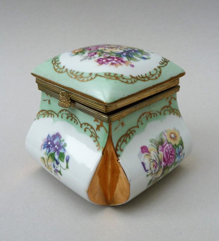 Antique Limoges porcelain   La Vitrine de Caroline