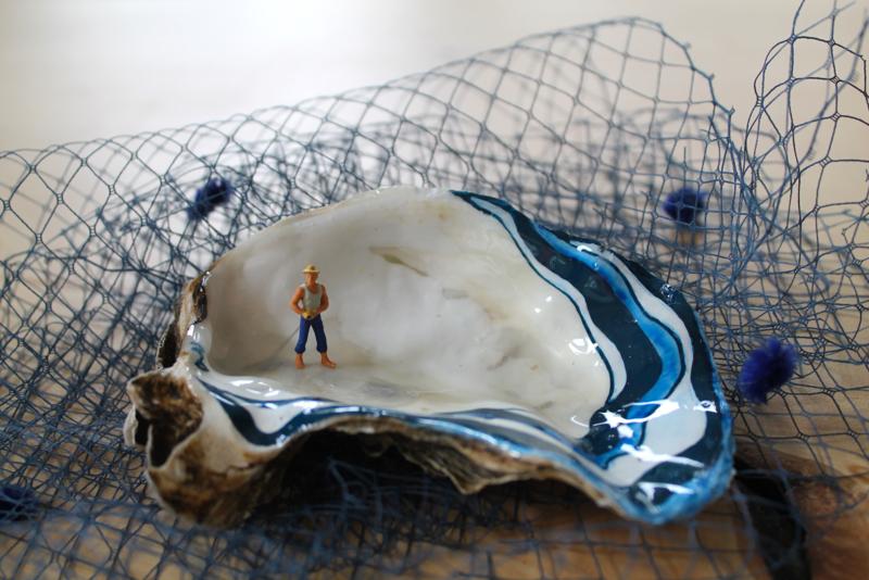 Fisherman met Gele Hoed