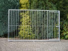 Kennel paneel 300x184cm deur rechts