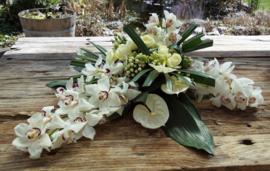 Rouwarrangement Cynbiduim Orchideeën groot
