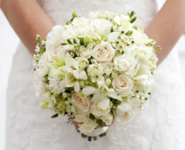 Bruidsboeket biedemeijer