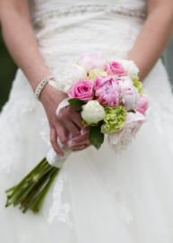 Bruidsboeket gebonden