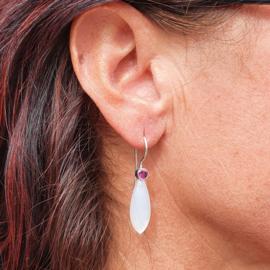 Rhodoliet en Maansteen oorbellen