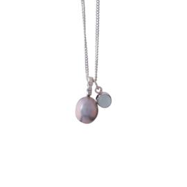 Zilveren collier met aquamarijn en zoetwater parel