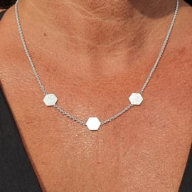 Necklaces / Pendants