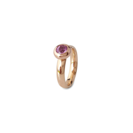 Rose gold ring with pink sapphire