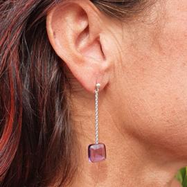 Zilveren oorbellen lang met amethist